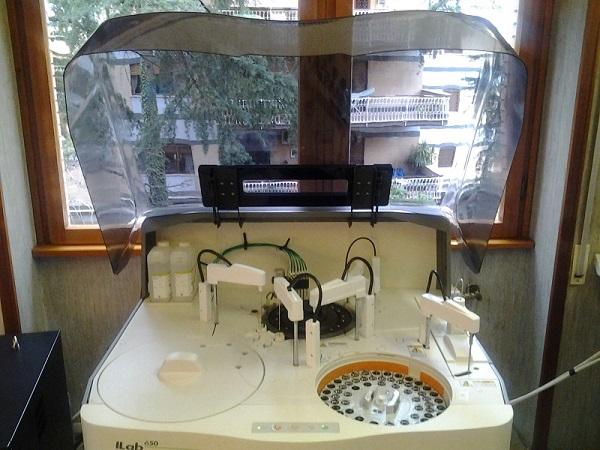 laboratorio-analisi-chimica-clinica